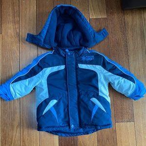 Toddlers winter jacket warm size 2 zip off hood